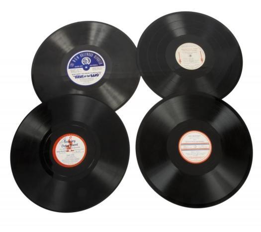 Set of rare discs