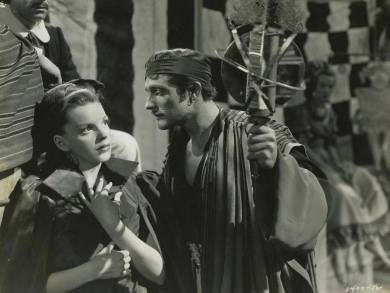 """Judy Garland and Gene Kelly in """"The Pirate"""" (1948)"""