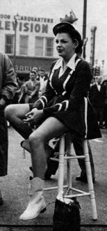 1953-10-14c CROP