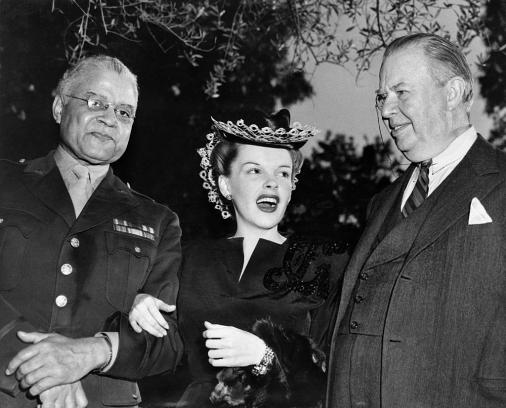 April-13,-1944-Brigadier-General-Benjamin-O.-Davis-Honored-1