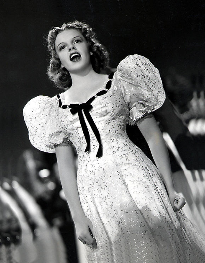 the life and career of the actress judy garland Judy garland: 5 things to know about the actress renee zellweger is  then had  record breaking concerts and a successful recording career.