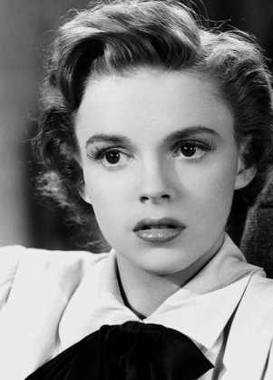 """Judy Garland in """"For Me And My Gal"""""""