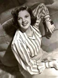 1940 striped shirt