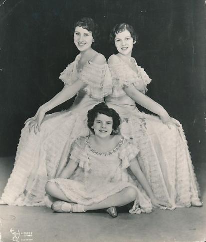 The Gumm Sisters 1933