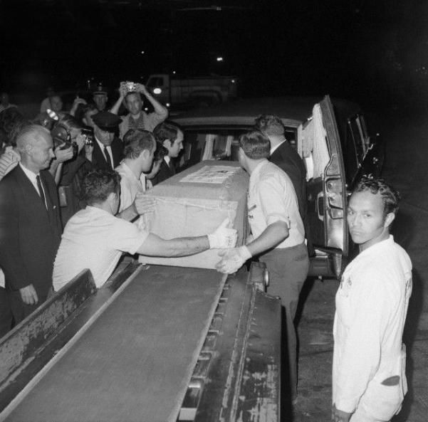 June 26, 1969 Judy's casket arrives from London