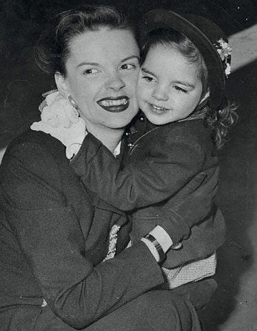 June-8,-1949-Liza-visits-Judy-in-Boston