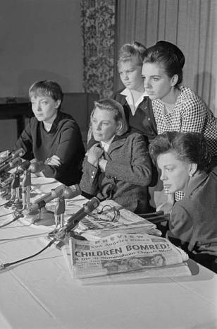 September 16, 1963, Judy Garland with Carolyn Jones, June Allyson, Pam Powell (June's daughter), and Liza Minnelli, having a press conference protesting the bombing of the 16th Street Baptist Church in Birmingham, Alabama that killed four young girls and injured over 20 people.