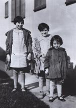 1926-The-Gumm-Sisters-in-LA