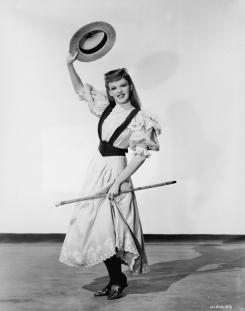 Judy Garland Dances With Straw Hat & Cane