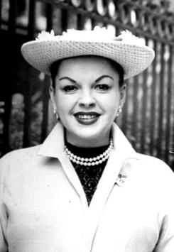 Judy Garland in a hat 1960s