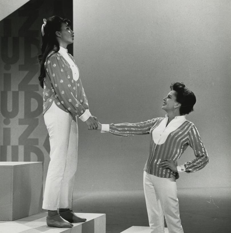 "Judy Garland and Liza Minnelli on ""The Judy Garland Show"" July 16, 1963"