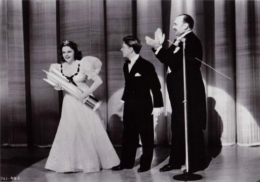 "Judy Garland, Mickey Rooney, Paul Whiteman - ""Strike Up The Band"" 1940"