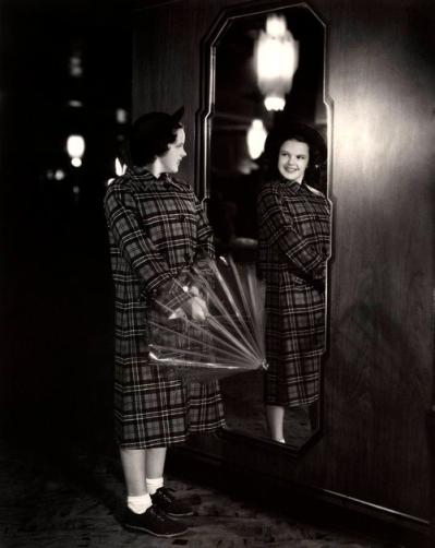 1937-Mirror-Shot