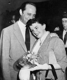 August 27, 1954 arriving in London from Paris