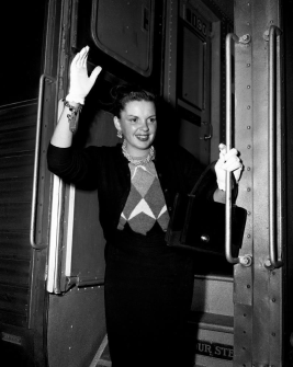 September-15,-1951-Dearborn-Station-Chicago-a