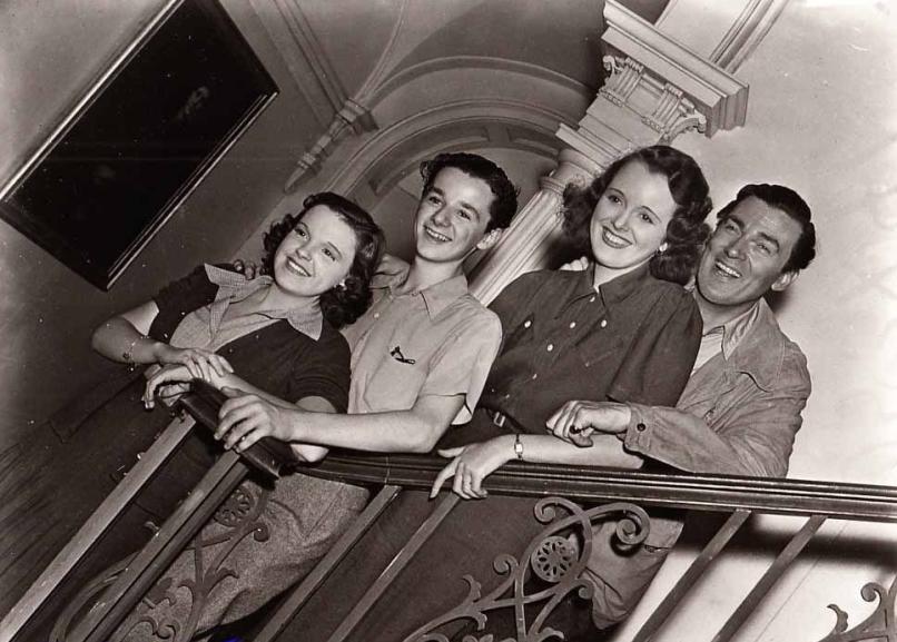 September-22,-1938-Group-Pic-2