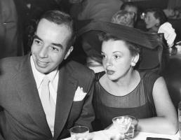 September-4,-1950-w-Vincente