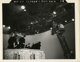 1945-10-31 PROD 1369 SBLD 44