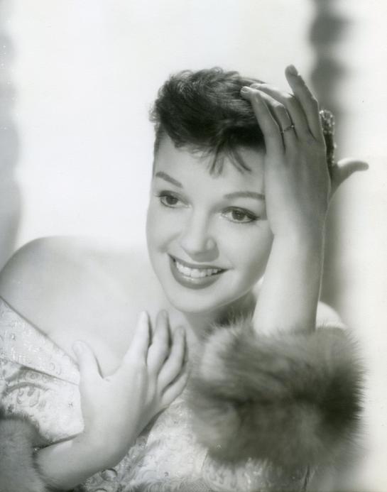 Judy-Garland-in-A-Star-Is-Born