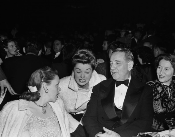 1947-esther-williams-premiere