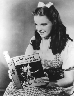 january-28-1939-judy-garland-oz-portrait-1