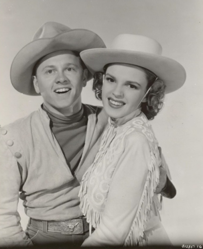 Judy-Garland-and-Mickey-Rooney-Girl-Crazy-2