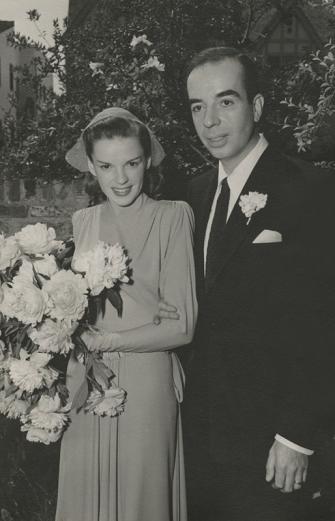 Judy-Garland-and-Vincente-Minnelli-June-15,-1945