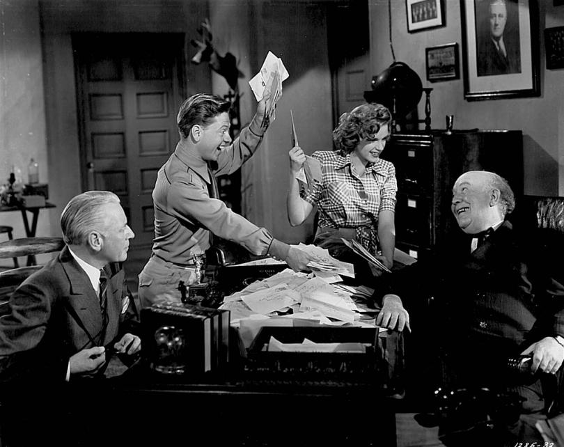 Judy-Garland-Mickey-Rooney-Guy-Kibbee-Girl-Crazy