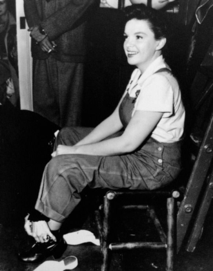 Judy Garland on the set of Summer Stock