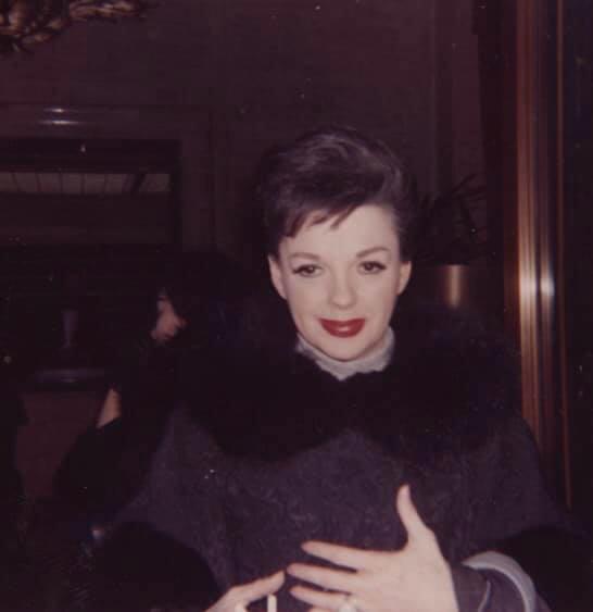Judy-Garland-circa-1964